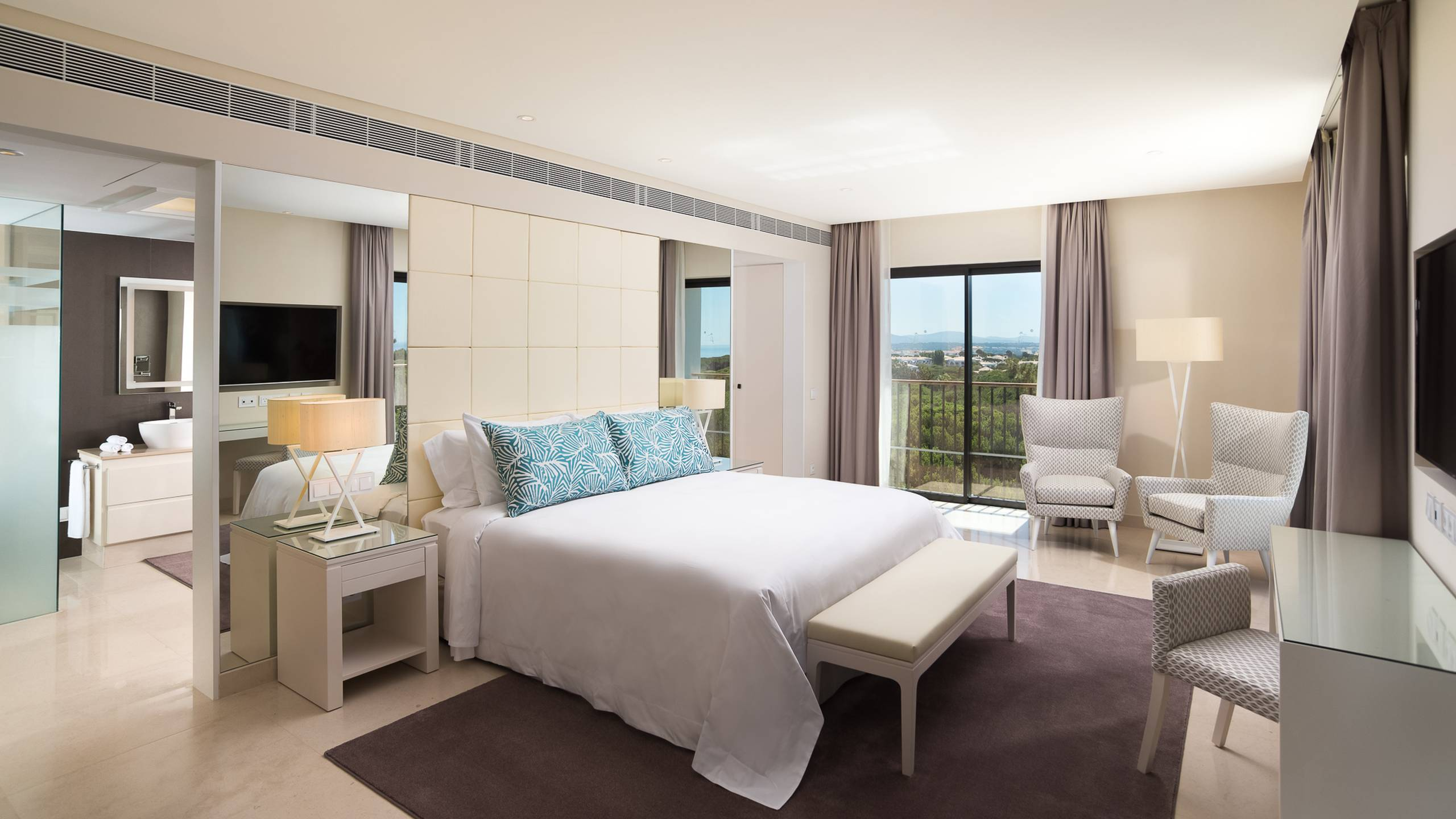 The luxury collection pine cliffs - Sal de bain ...
