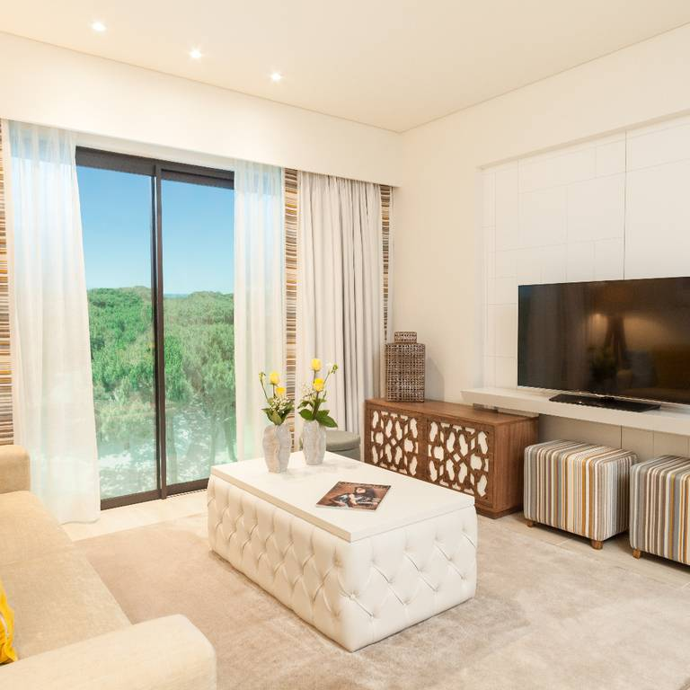 RECORD BREAKING SALES FOR PINE CLIFFS GARDENS