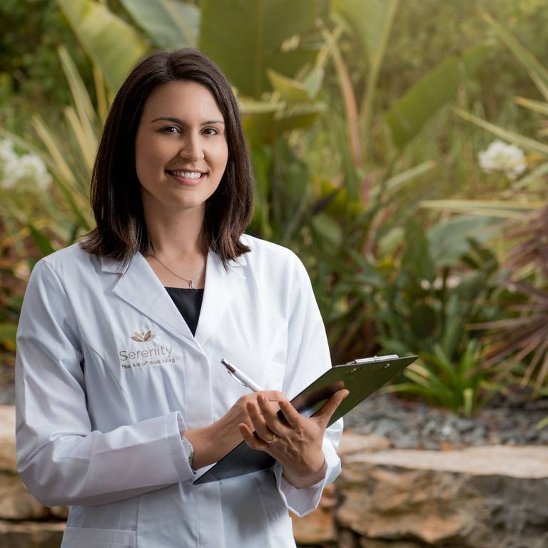 ENTREVISTA A CÉLINE FERNANDES, NUTRICIONISTA DO SERENITY – THE ART OF WELL BEING, NO PINE CLIFFS RESORT